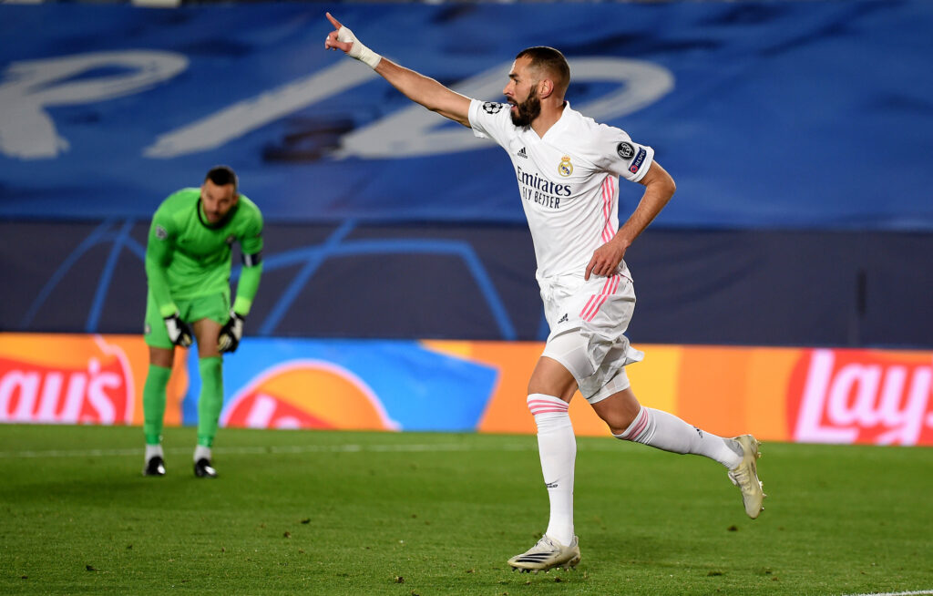 Benzema scores Madrid opener